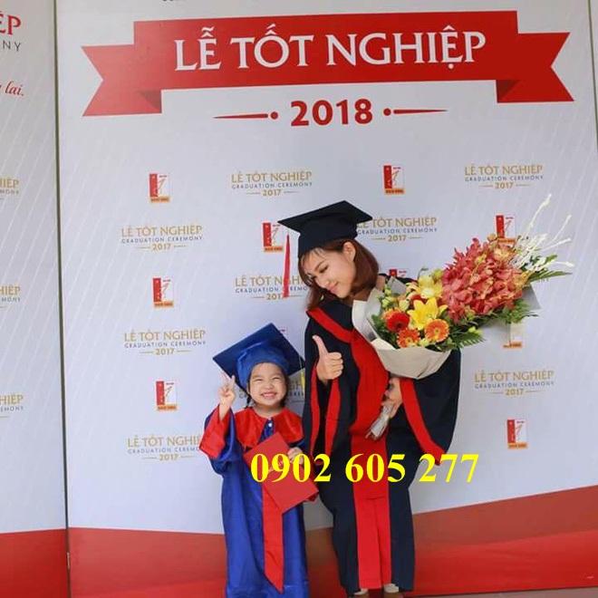 Cắt may áo tốt nghiệp sinh viên tại TPHCM