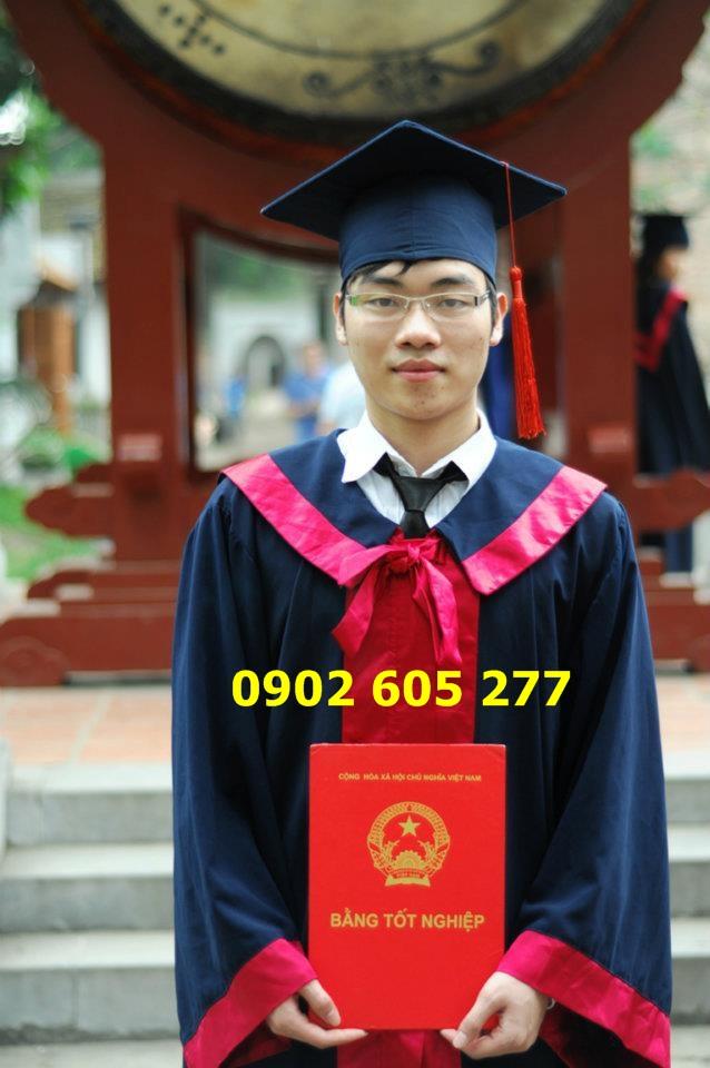 Thuê áo cử nhân tốt nghiệp sinh viên cao đẳng