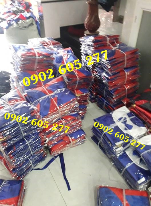 Bỏ sỉ áo tốt nghiệp số lượng lớn tại Lâm Đồng