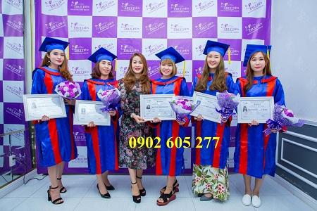 Dịch vụ cho thuê đồ tốt nghiệp sinh viên có sẵn tại tphcm