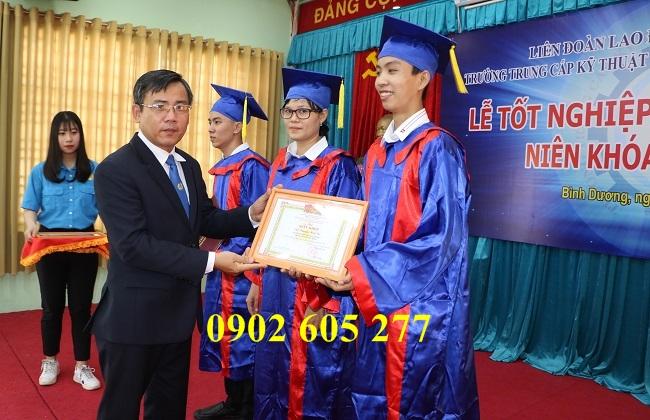 Đồ tốt nghiệp ra trường cho sinh viên trường cao đẳng nghề