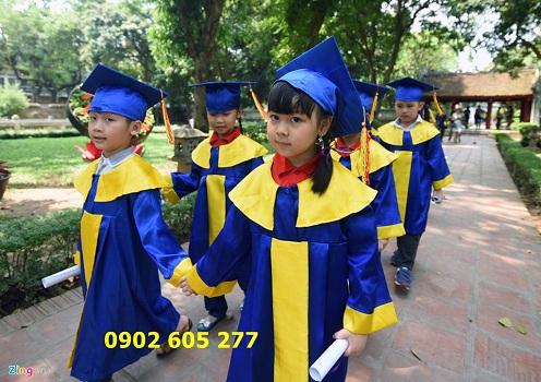 Chuyên bán đồng phục tốt nghiệp mầm non có sẵn, giá rẻ