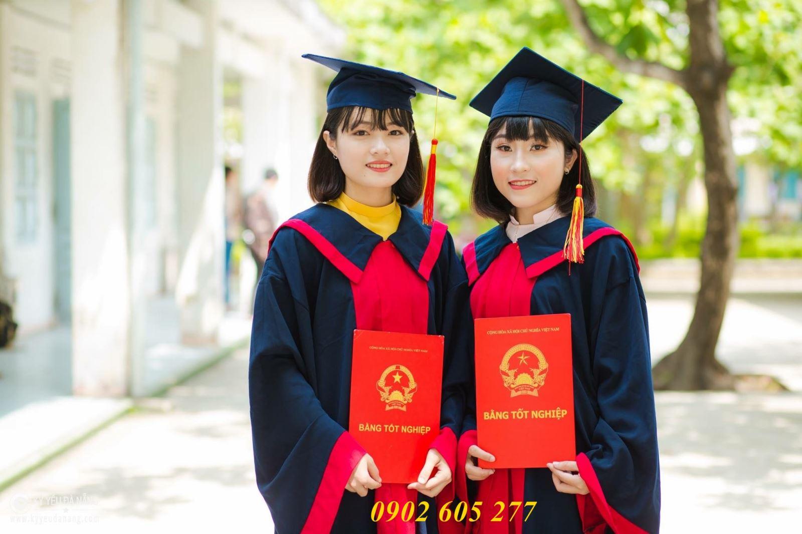 Thuê đồ tốt nghiệp sinh viên trường cđ lý tự trọng