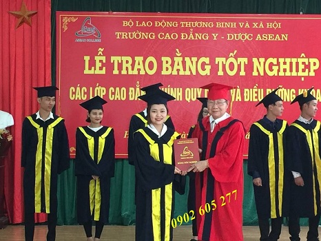 Áo ra trường cho sinh viên tốt nghiệp ở Hà Tiên- ao ra truong cho sinh vien tot nghieo o ha tien