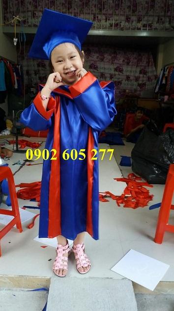 Thuê lễ phục tốt nghiệp giá sốc chỉ 25k